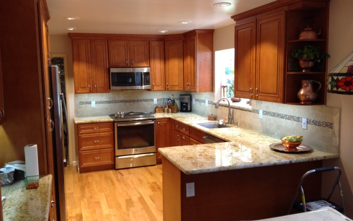 Saratoga Kitchen 2